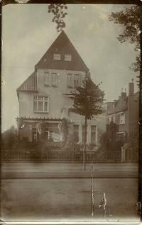 Dieses Haus Roeckstraße 23 gehörte Dr. Max Stern, dem Bruder von Elsa Strauß.