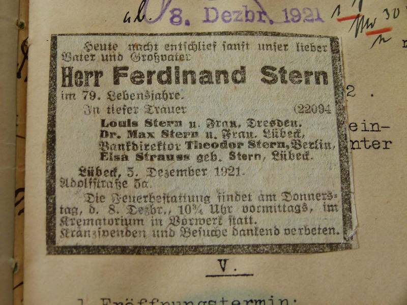 Notice of Ferdinand Stern's Death in the 7 December 1921 Lübeck General-Anzeiger, First Insertion, Page 1, Section AHL, County Courthouse, Testament 35/1921, Strauß