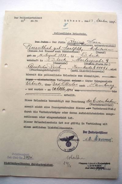 Polizeiliche Erlaubnis für eine Fahrt nach Hamburg; Archiv der Hansestadt Lübeck, Polizeiverwaltung 121