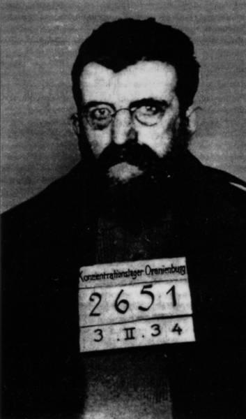 Erich Mühsam als Gefangener im KZ Oranienburg