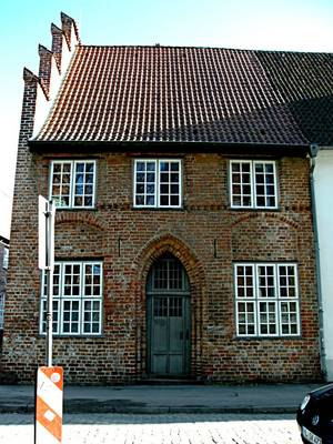 A current picture of the building located at St. Annen-Straße 7:  Photo Heidemarie Kugler-Weiemann