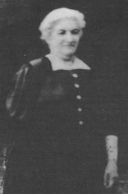 Emma Katz [7]