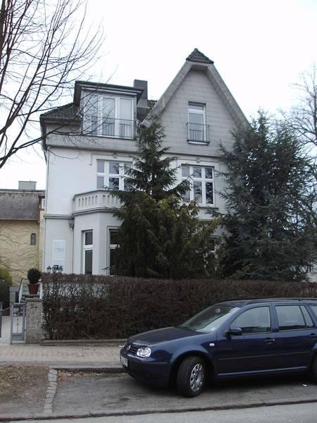 Adolfstraße 5a.  Picture by H.K-W 2010